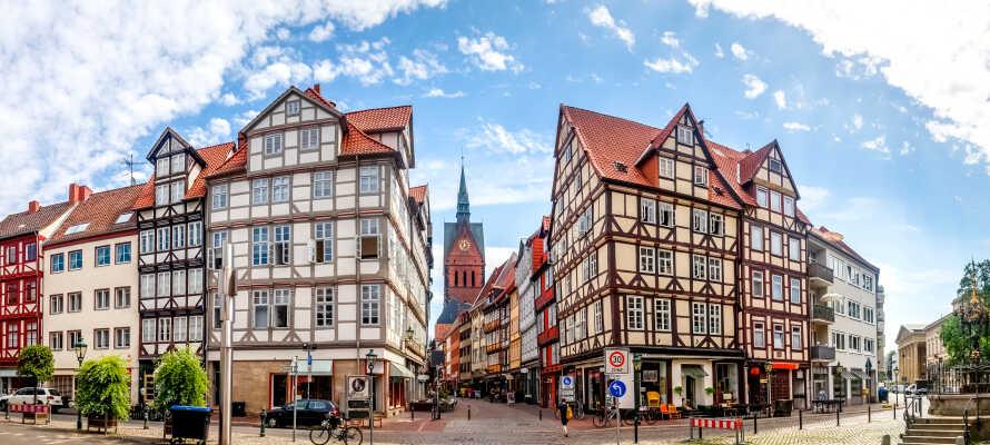 Hannover är en härlig stad där det väntar historia, konst och kultur, och ni  tar er lätt från hotellet till centrum med kollektivtrafiken